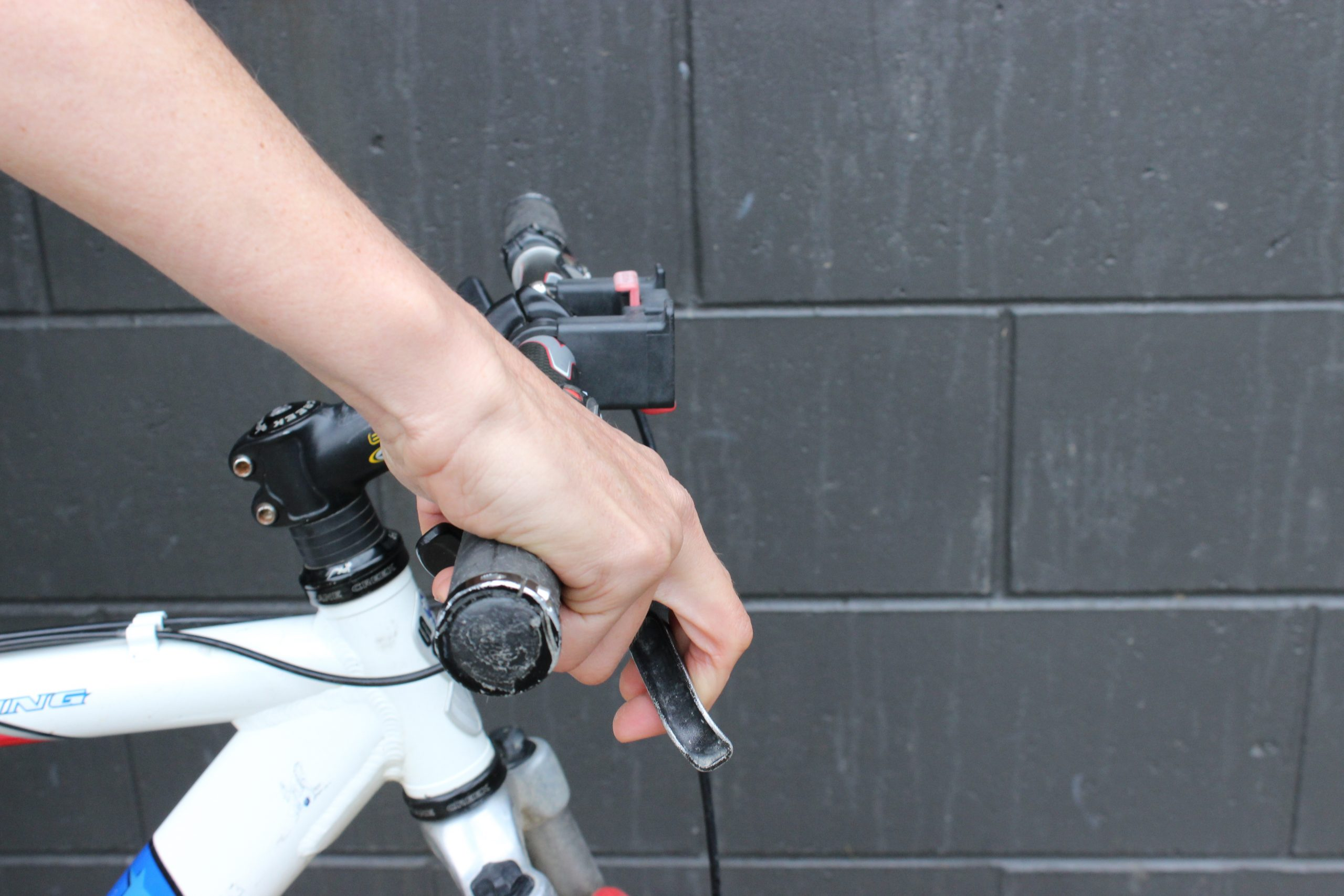How to Grip your Handlebars