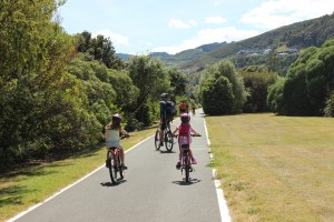 Atawhai shared pathway family riding goride