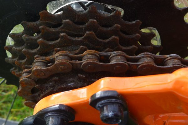 Cleaning.Rusty Chain.goRide