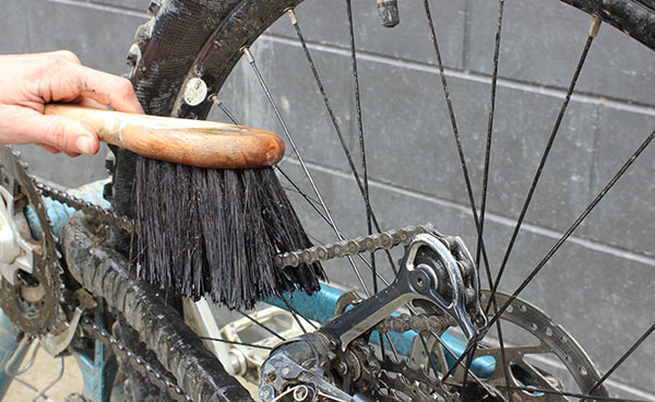 4 Regular Tasks to care for your Bike Chain
