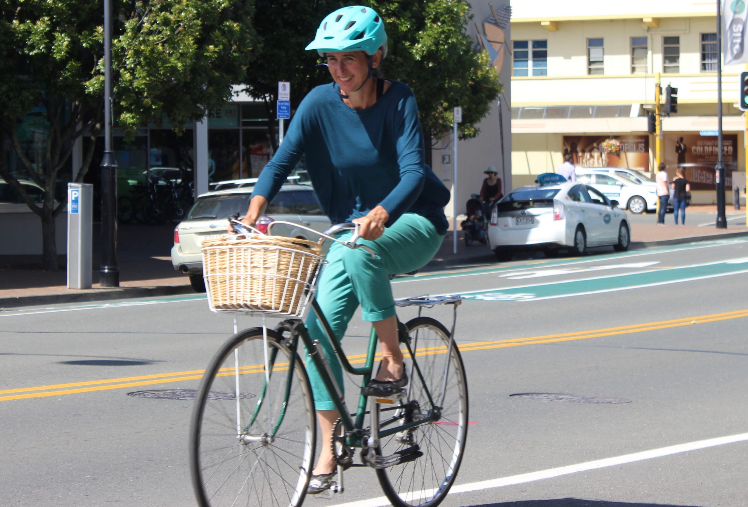 The Right Town Bike Saddle (Seat)