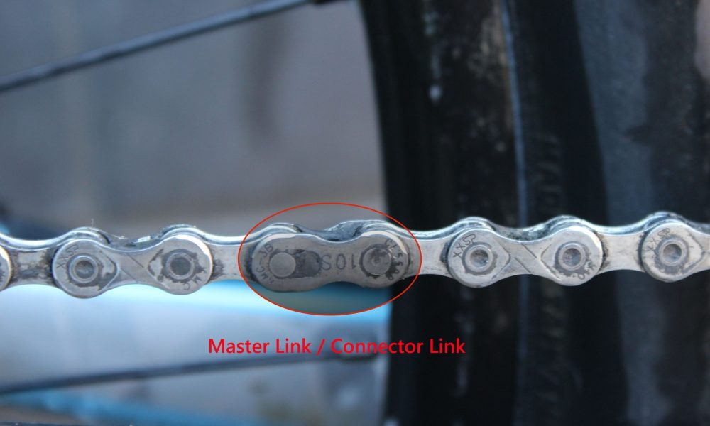 Master Link connector link in a bike chain