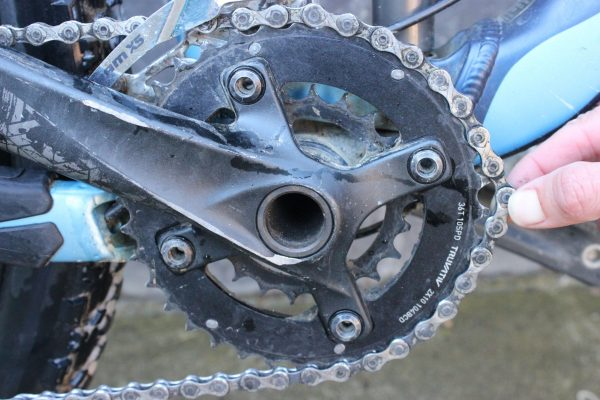 Testing chain length -lift off chain rings