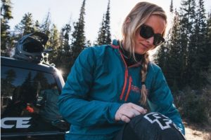 Lightweight packable MTB jacket. goRide